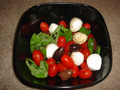 hors d'oeuvre(0.0), meal(0.0), salad(0.0), tomato(0.0), plant(0.0), lunch(1.0), vegetable(1.0), mozzarella(1.0), produce(1.0), food(1.0), dish(1.0), cuisine(1.0),