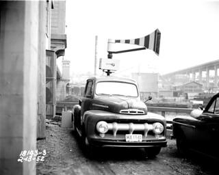 Mobile air raid siren, 1952