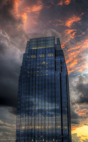 sunset sky building tower nashville tennessee pinnacle thechallengefactory