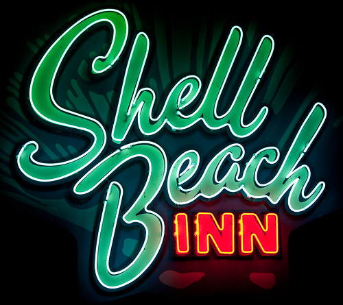 Shell Beach Inn by Thomas Hawk
