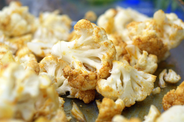roasted cauliflower with indian spices and yogurt dip ...