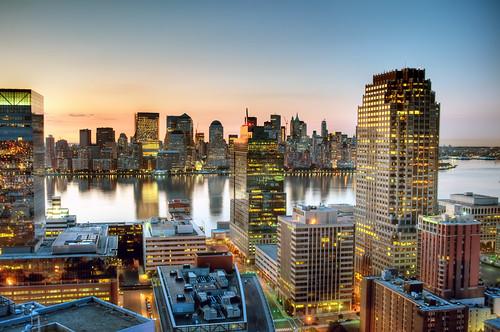 nyc newyorkcity light ny newyork reflection tower skyscraper sunrise geotagged dawn newjersey jerseycity nj phoenixbuilding explore hudsonriver frontpage hdr mudpig stevekelley panoramafotográfico