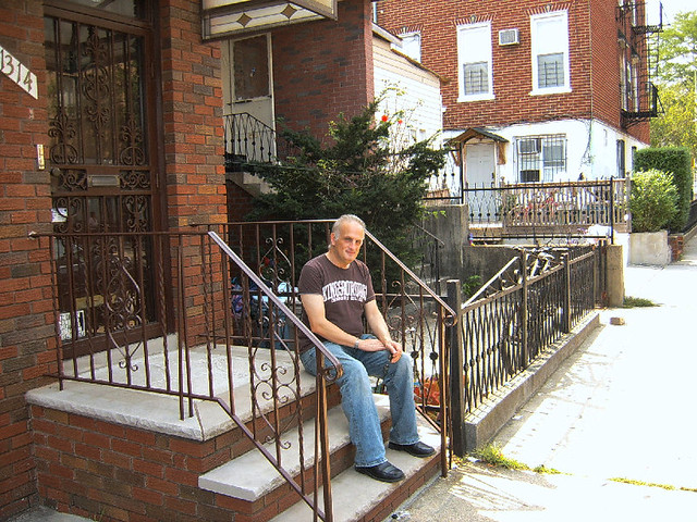 The Old Stoop Brooklyn in 2009