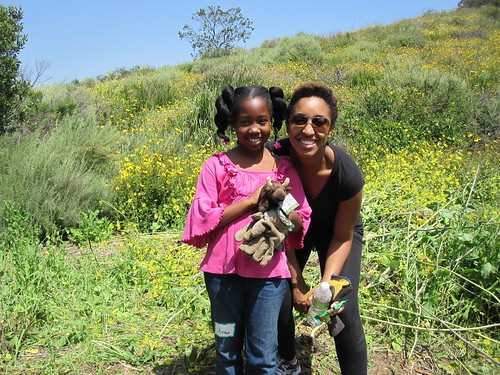 Foster elementary Earth Day cleanup