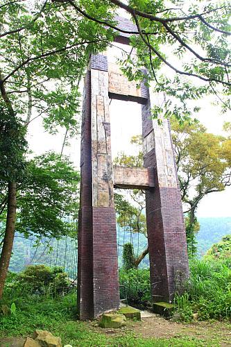 Z827義興吊橋