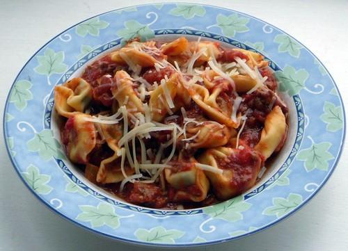 Tortellini w/ (Easy) Meaty Sauce