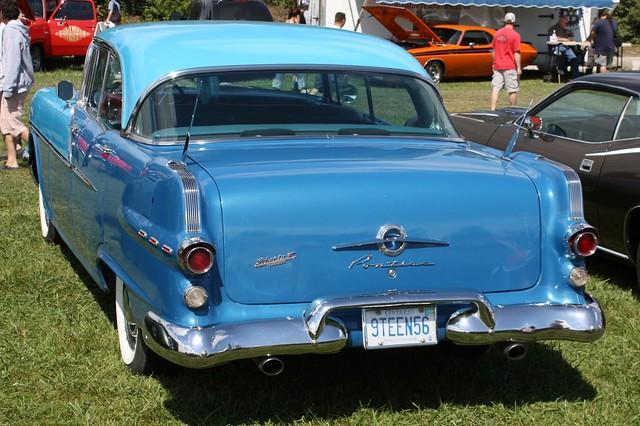 1956 pontiac chieftain 870 4 door hardtop flickr photo for 1955 pontiac chieftain 4 door