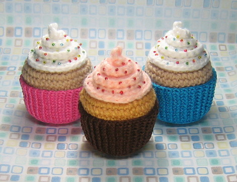 CROCHET CAKE SLICE PATTERN | FREE CROCHET PATTERNS