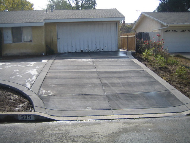 Concrete driveway with acid washed bands flickr photo for Acid wash concrete patio