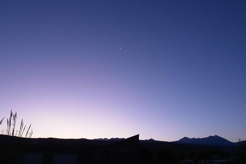 light sunrise utah purple moab
