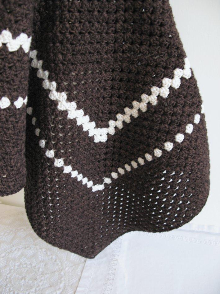 Agnes crochet blanket | Emma Lamb