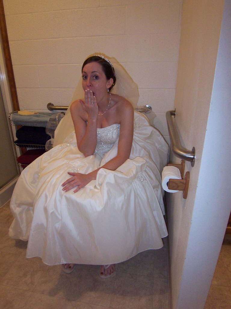 bridal bathroom visit