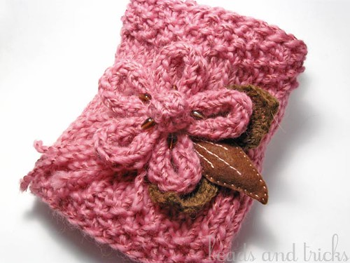 Scaldacollo con fiore/Flower brooch neckwarmer