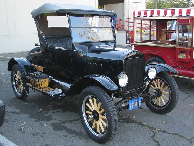 1925 ford model t runabout roadster 39 25trb42 39 1 flickr for Snell motors used cars