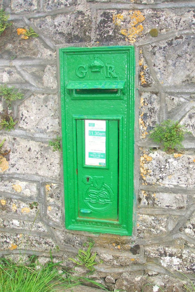 Saorstát Eireann/King George V Irish post wallbox (1910's / 1920's) - Durrow, County Offaly