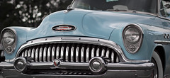 automobile(1.0), automotive exterior(1.0), vehicle(1.0), automotive design(1.0), buick roadmaster(1.0), buick super(1.0), antique car(1.0), vintage car(1.0), land vehicle(1.0), luxury vehicle(1.0), motor vehicle(1.0),