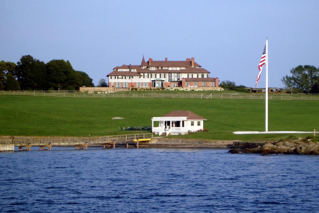 Jacqueline Bouvier Kennedy Onassis Childhood Home Newport Rhode Island