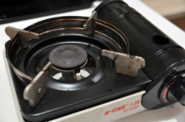 日式蓋飯-北海道石狩鍋要用的小瓦斯爐