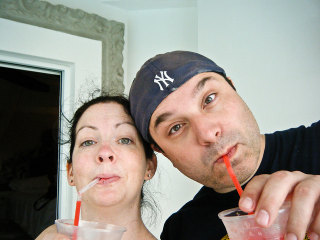 Couple Self Portrait with Drinks 81/365 | Flickr - Photo Sharing!: http://www.flickr.com/photos/bump/3395231163/