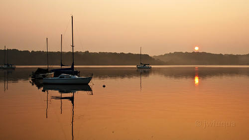 sailboat boat md maryland sail sunrisesunset chesapeakebay longpoint bohemiariver canonxti earleville jwfuquaphotography