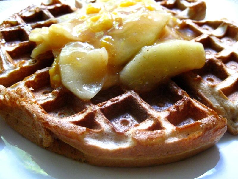 wafflewithplumapplesauceH3