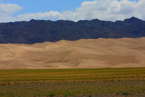 sand desert dunes south mongolia gobi khongoriinels mongolianbeauty umnugovi amarbat