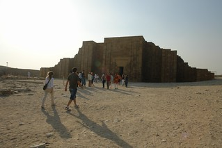 Entrada a una de las tumbas de Saqqara