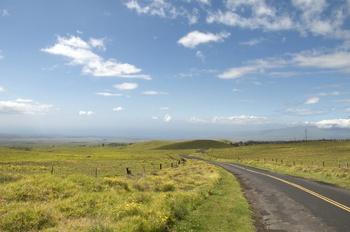 ocean road vacation usa grass clouds hawaii pacific bluesky hi bigisland rough distance maunaloa d300 konaside route200 saddlebackroad