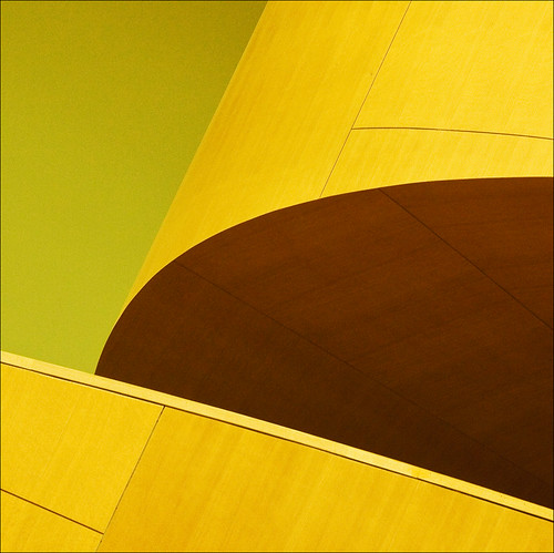 wood brown toronto green lines yellow architecture stairs geometry shapes ago curve frankgehry barbera artgalleryofontario 124810