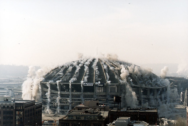 Kingdome implosion, 2000