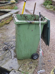 waste containment, litter, green, waste,