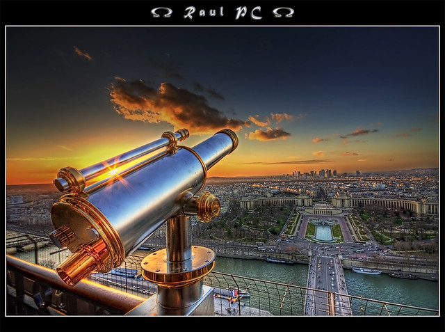 Paris - Sunset at the top of the Eiffel Tower :: HDR