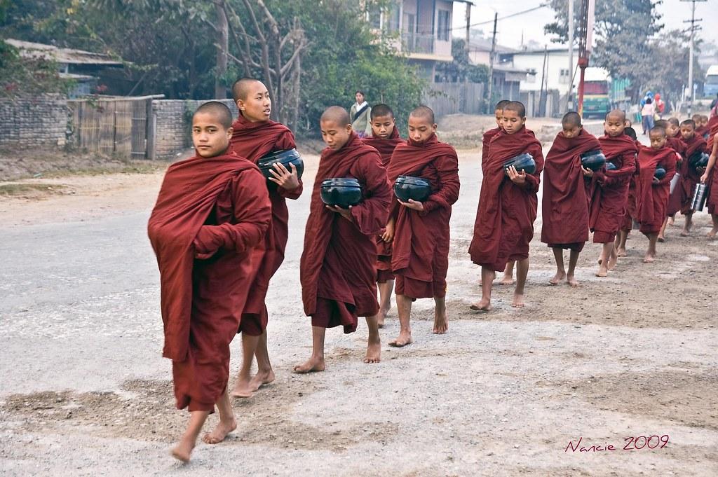 Morning Alms, Myanmar