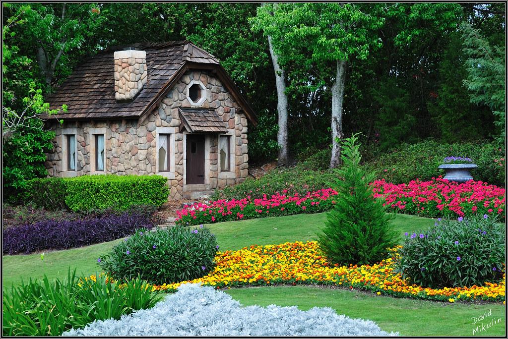 Victoria Gardens, Epcot, Disney World, Florida - a photo on Flickriver