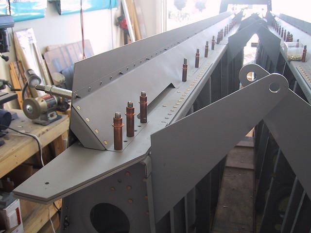wing 065