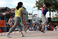skateboarding(0.0), sports(0.0), streetball(0.0), physical fitness(1.0), dance(1.0), street dance(1.0), street(1.0),