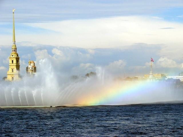 Peterburg Petersburg Neva fountain rainbow view