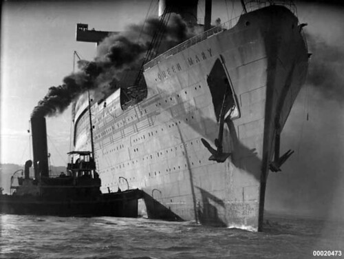 HM Troopship QUEEN MARY in Sydney Harbour May 1940…