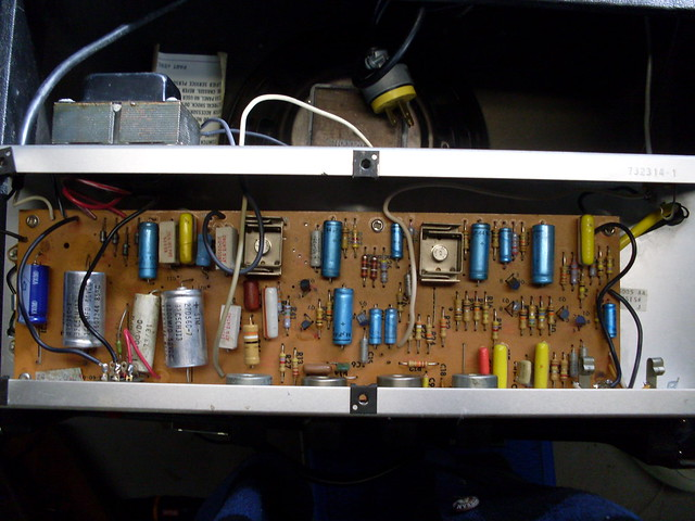Photo:Ampeg GT 10 Guts All By Roadside Guitars