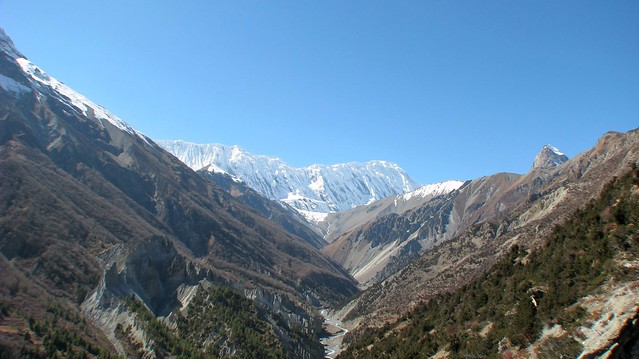 Grande Barriere and Tilicho Peak
