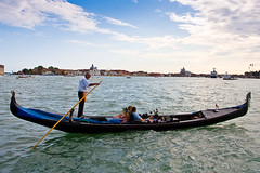 rowing(0.0), long-tail boat(0.0), vehicle(1.0), sea(1.0), watercraft rowing(1.0), boating(1.0), gondola(1.0), watercraft(1.0), boat(1.0), paddle(1.0),