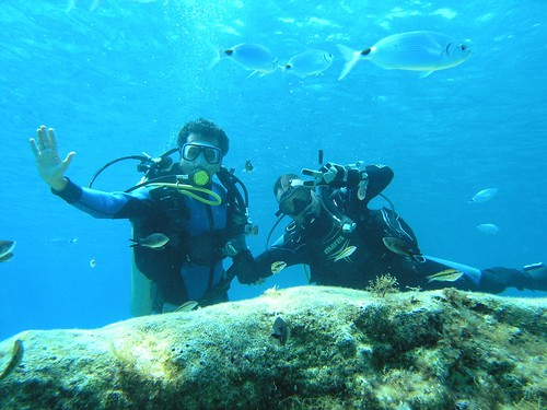 DISCOVER SCUBA DIVING WITH VIKING DIVERS LARNACA CYPRUS