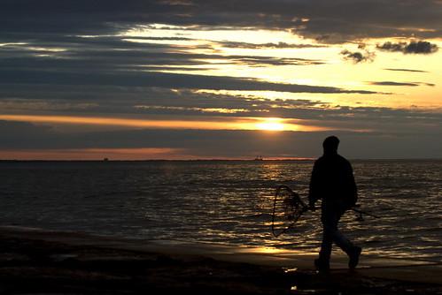sunset lake water fishing fisherman lakeontario websterny websterpark nikond80
