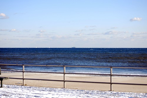 ocean snow cold queens rockawaybeach