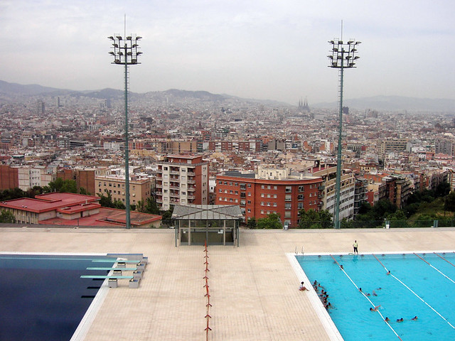 Olympic swimming pools from the 1992 olympic games for Barcelona pool garden 4