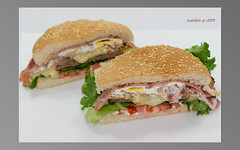 blt, sandwich, hamburger, slider, ham and cheese sandwich, muffuletta, ciabatta, meat, veggie burger, food, dish, breakfast sandwich, cuisine, fast food, cheeseburger,