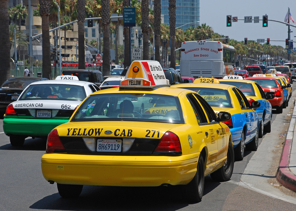 Cab San Diego >> Taxi Line Long Taxi Line At The San Diego Marriott And Mar
