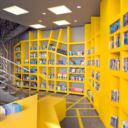 Unique Bookcase Design For Modern Bookstore Interior