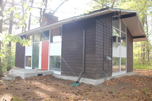 Carl Koch TechBuilt house, Turning Mill Rd, Lexington MA