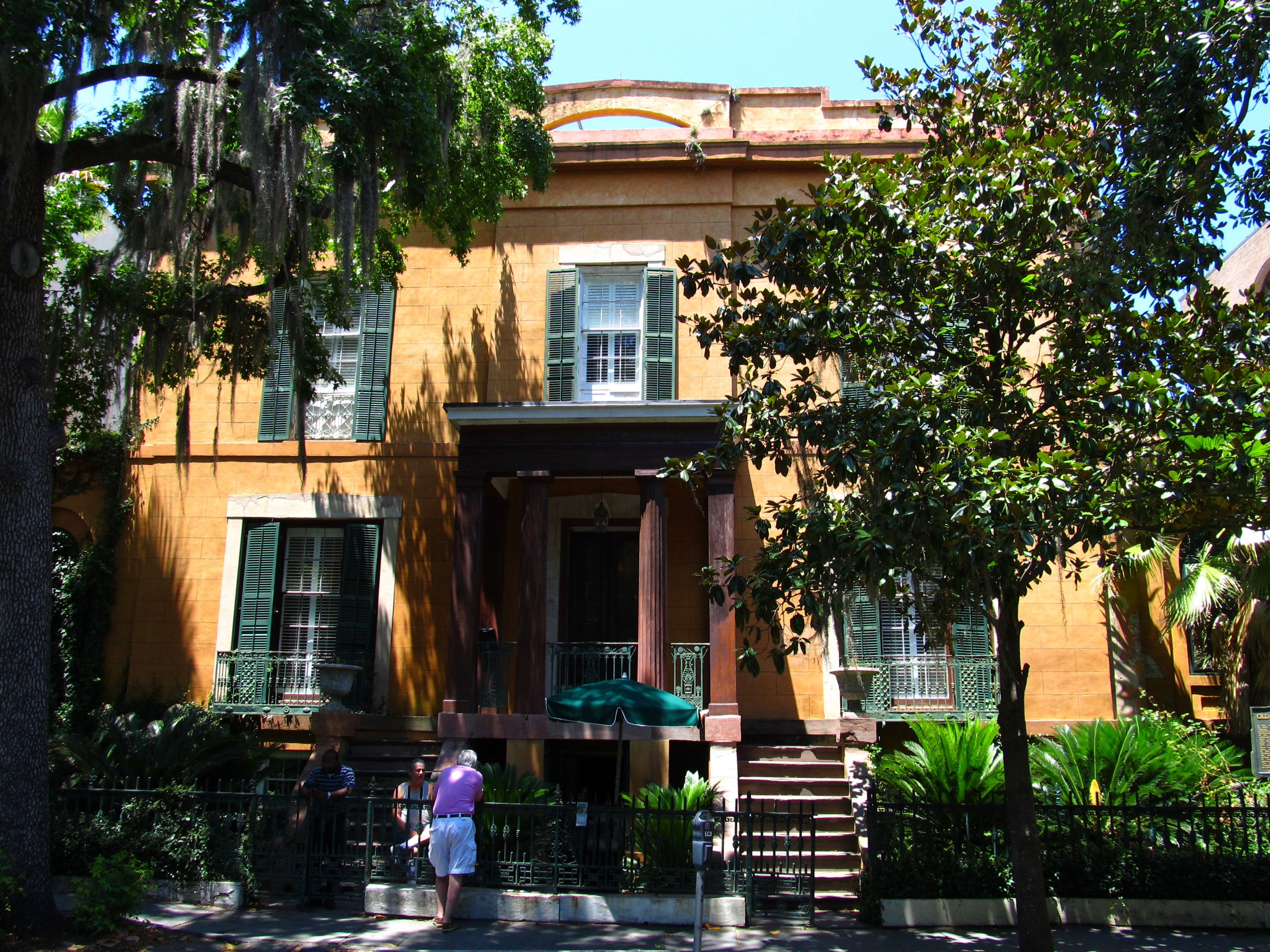 15 minutes away on foot tour the sorrel weed house for House tours in savannah ga